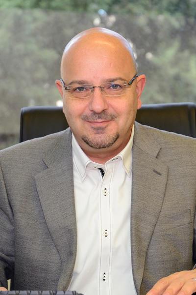 Dr. Raed Mohsen