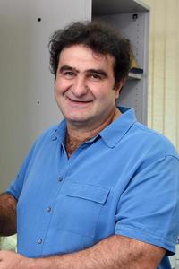 Dr. Samer Saab