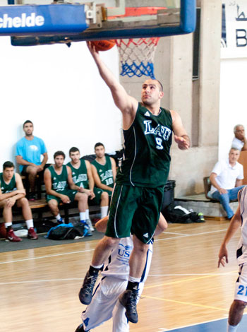byblos-basketball-win-usc-03.jpg