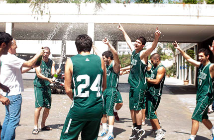 byblos-basketball-win-usc-04.jpg