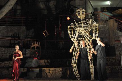 14-theater-festival-01.jpg