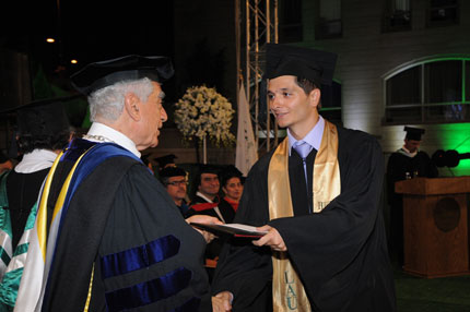 commencement-byblos-2012-06.jpg