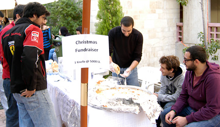 live-christmas-spirit-dec2010-02-big.jpg