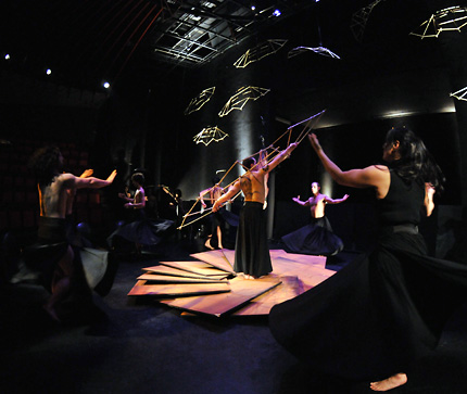 major-theater-production-fall2010-05-big.jpg