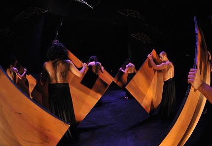 major-theater-production-fall2010-06-big.jpg